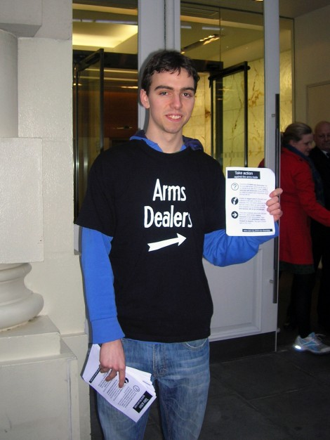 Student leaflets outside Lockheed Martin
